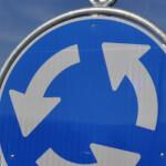 Verkehrsschilder und Polizeisignale Einfahrt Grenchen