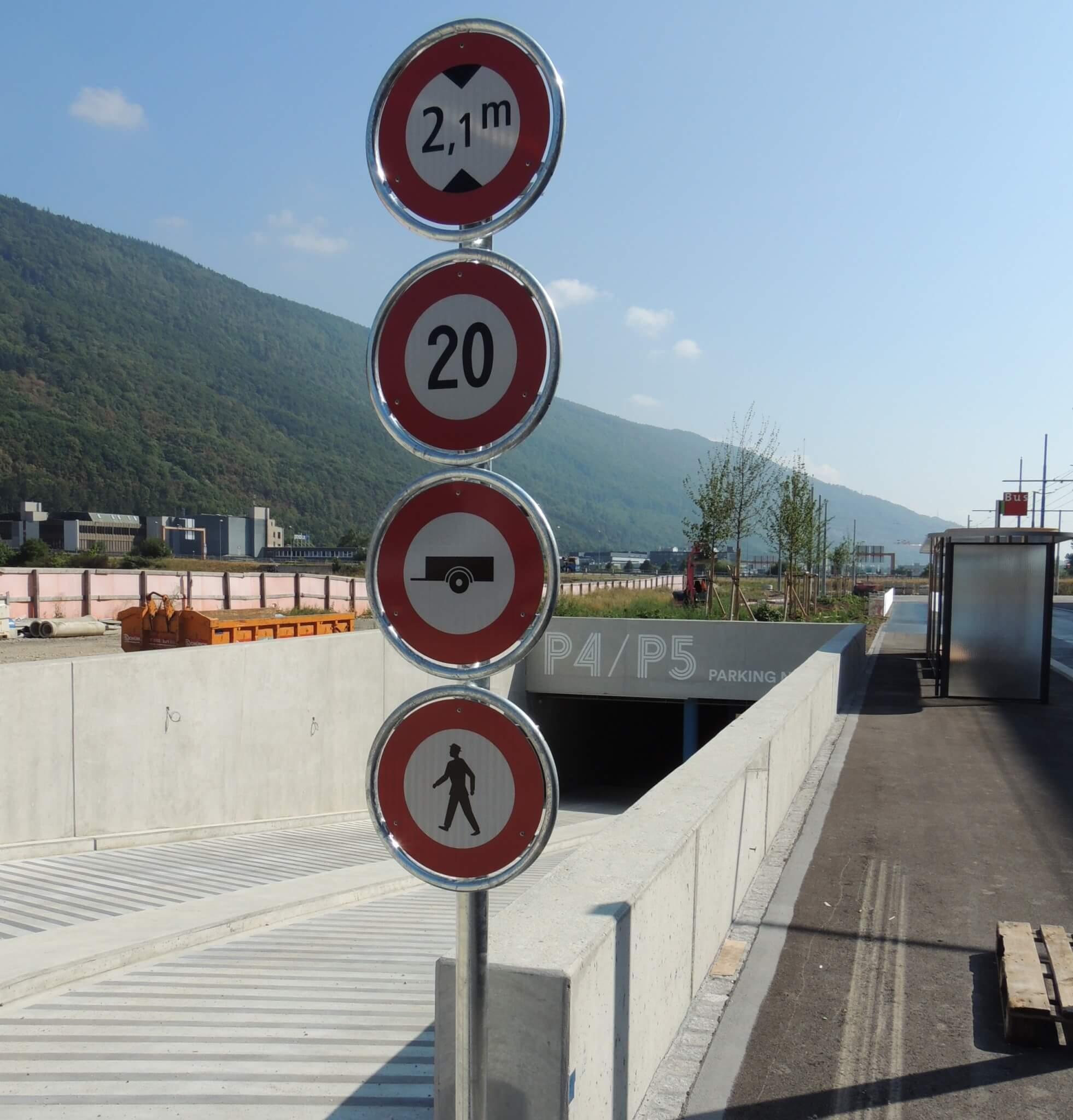 Signalisation Tissot Arena, 65 Polizeisignale