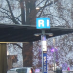 1900x500 ausgeleuchte Signale Luzern VLB Abfahrt Bus Stelen + Leuchtbox 3
