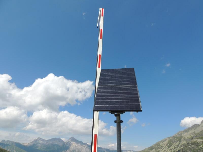 Barrière électrique solaire