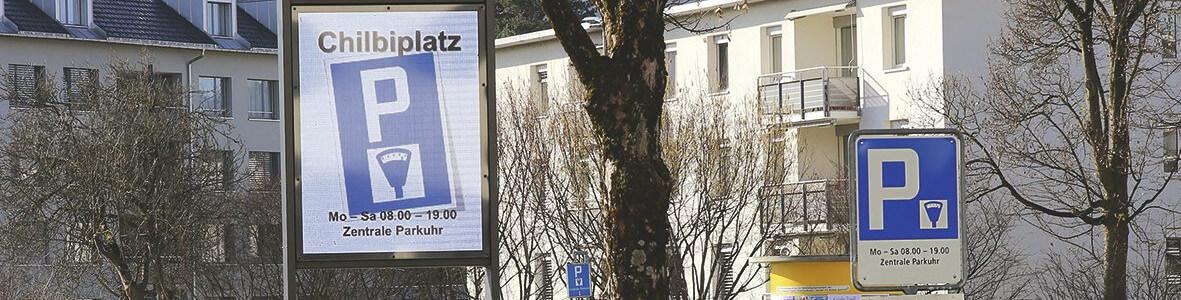 Zwei Vollgrafische Led Videodisplays In Dübendorf